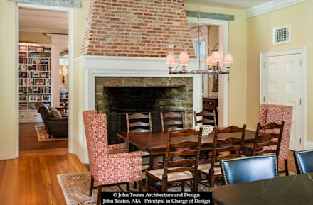 Family Dining: classic Dining room by John Toates Architecture and Design