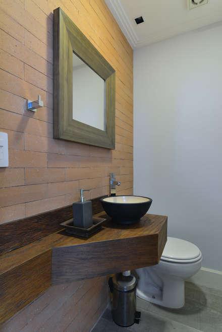 Rustikale badezimmer einrichtungsideen und bilder homify - Rustikale badezimmer ...