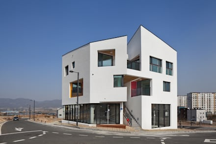 DOUBLE HOUSE: ON ARCHITECTURE INC.의  주택