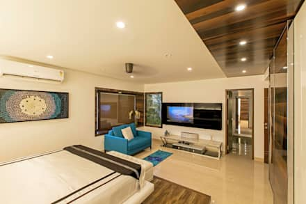 Residence at Bangalore: modern Bedroom by DesignCafe