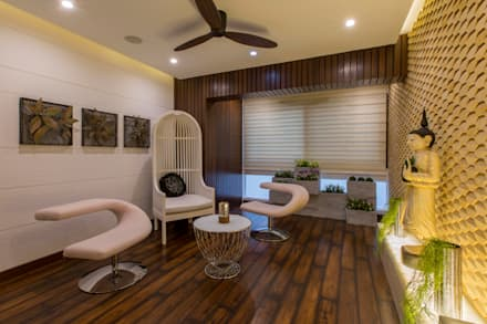 Residence at Bangalore: modern Living room by DesignCafe