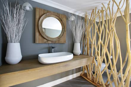 rustic Bathroom by JSD Interiors