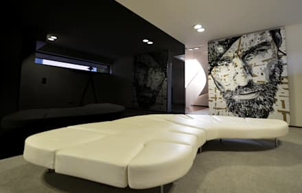 Sala de Espera - Casa das Artes by Musa Décor: Adegas minimalistas por Musa Décor