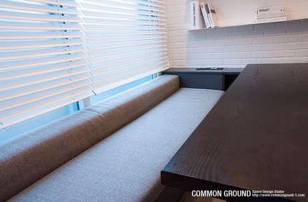 20평형 준공 1년 된 신축 빌라 전체 리모델링: 커먼그라운드의  거실