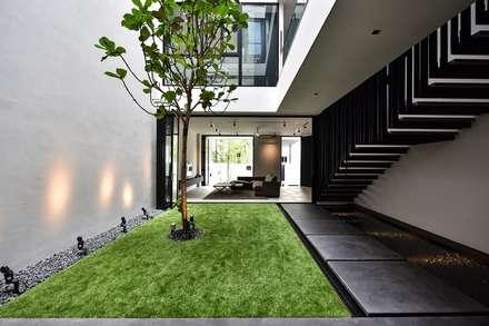CG邸: Sen's Photographyたてもの写真工房すえひろが手掛けた庭です。