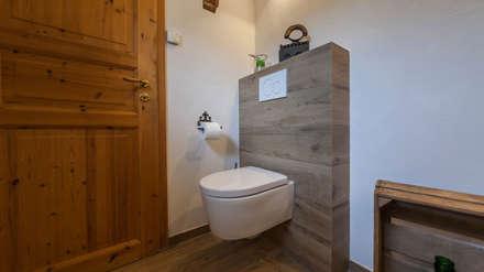 Gäste WC: Landhausstil Badezimmer Von Boddenberg