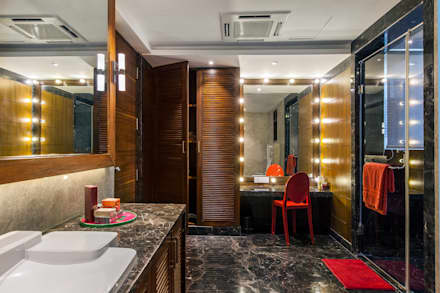 'The Art Apartment': eclectic Bathroom by freedom of design