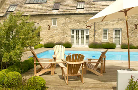 Dorset Country Farmhouse.: country Pool by Elks-Smith Landscape and Garden Design