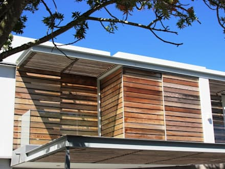 Wester Red Cedar Cladding: rustic Windows & doors by Window + Door Store Cape