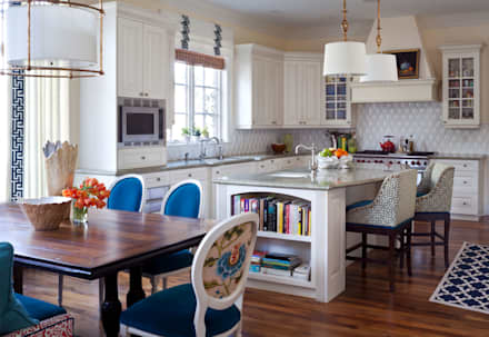 Belcaro Beauty: classic Kitchen by Andrea Schumacher Interiors