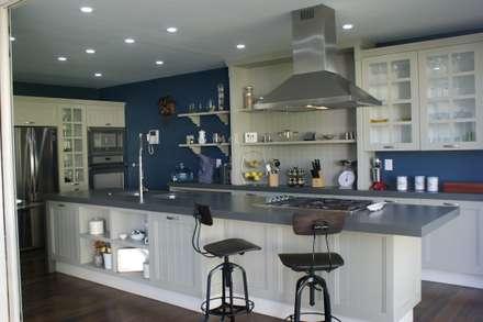 ห้องครัว by Arquimia Arquitectos