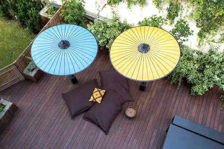 Interior with garden: Giardino in stile in stile Moderno di mg2 architetture