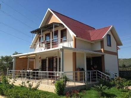 TUNA PREFABRİK – Çift Katlı Prefabrik Konut: modern tarz Evler