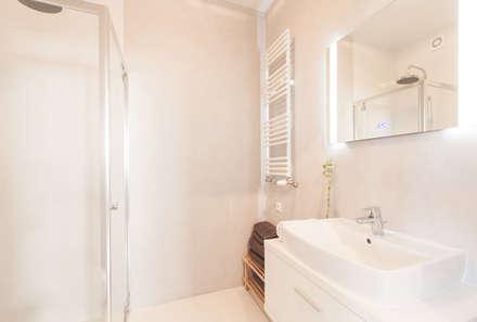 Clean Look: styl , w kategorii Łazienka zaprojektowany przez Perfect Space