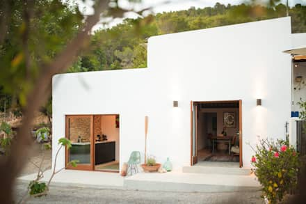 Ibiza Campo - Guesthouse: mediterranean Houses by Ibiza Interiors - Nederlandse Architect Ibiza