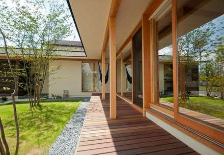 若葉いろの家: FrameWork設計事務所が手掛けた家です。
