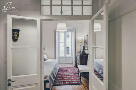 Dormitorios de estilo rústico por Obrasdecor