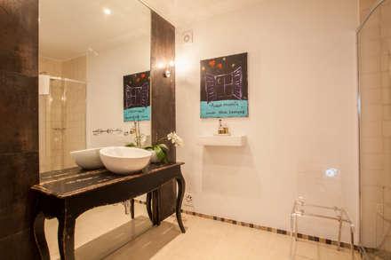 Baños de estilo rústico por alma portuguesa