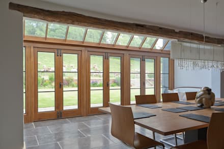 Barn Conversion with Oak Conservatory: rustic Conservatory by Vale Garden Houses