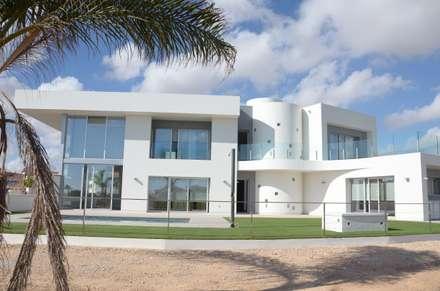 Latest Luz Para Repartir Casas De Estilo Moderno De Estudio De Y Urbanismo  With Ayuda Para Construir Mi Casa