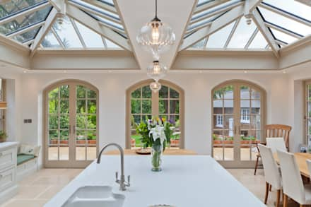 Luxurious Kitchen Diner Conservatory: country Conservatory by Vale Garden Houses