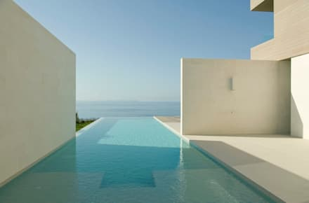 CASA SEACUB: Piscinas de estilo minimalista de RM arquitectura