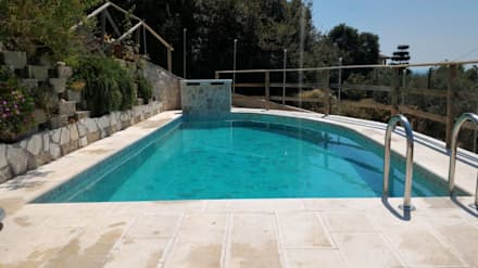 rustic Pool by Cava di Trani