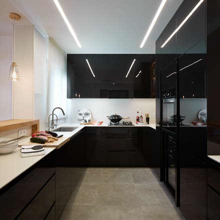 cocina: Cocinas de estilo moderno de Molins Interiors