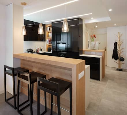 entrada - cocina: Cocinas de estilo moderno de Molins Interiors