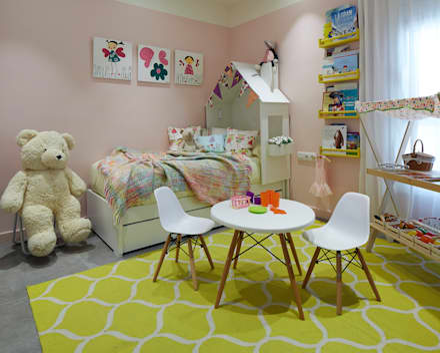 modern Nursery/kid's room by Molins Interiors