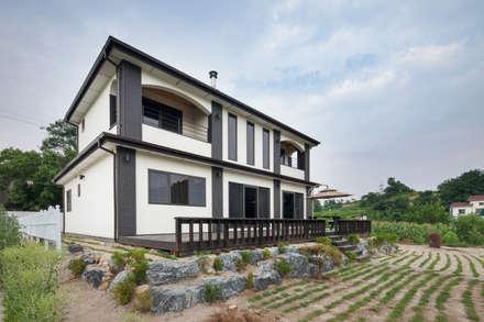 외부: 윤성하우징의  정원