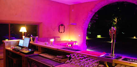 Bar, BBQ & ChillOut: Jardines de estilo rural de OutSide BCN LED Lighting