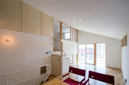 ゆふのいえ: 清建築設計室/SEI ARCHITECTが手掛けたダイニングです。