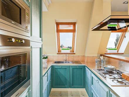 Квартира в Сочи: Кухни в . Автор – Ателит
