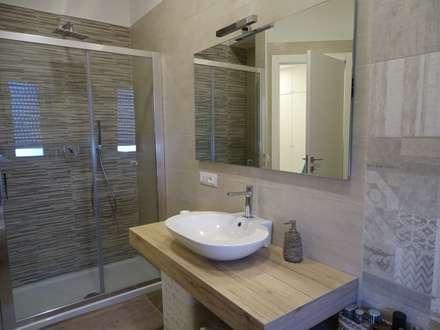modern Bathroom by NicArch