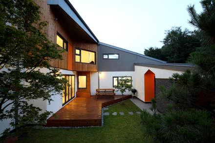 중정: 주택설계전문 디자인그룹 홈스타일토토의  주택