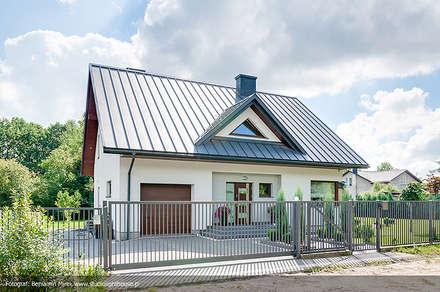 Realizacja projektu Meteor 2 (sesja letnia): styl nowoczesne, w kategorii Domy zaprojektowany przez Biuro Projektów MTM Styl - domywstylu.pl