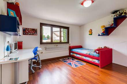 Cavour   modern style: Camera da letto in stile in stile Moderno di EF_Archidesign