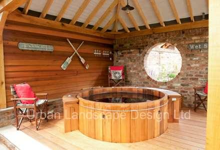 Outdoor Hot Tub Area & Oak Building: country Garden by Urban Landscape Design Ltd
