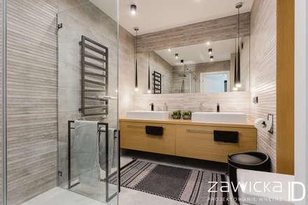 Dwupoziomowe mieszkanie w stylu skandynawskim: styl , w kategorii Łazienka zaprojektowany przez ZAWICKA-ID Projektowanie wnętrz