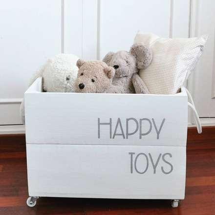 Decoración - Cajas: Dormitorios infantiles de estilo moderno de HAPPYHOME BARCELONA