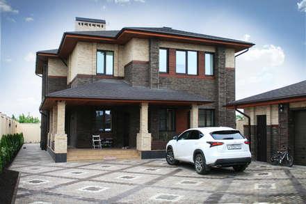 Жилой дом в стиле Фрэнка Ллойда Райта: Дома в . Автор – АРХИФАБРИКА