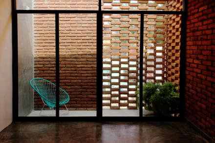 Tерраса в . Автор – Apaloosa Estudio de Arquitectura y Diseño