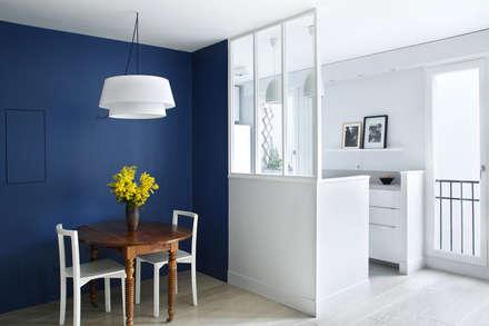 Cuisine / Salle à manger: Salle à manger de style de style Moderne par Sparkling