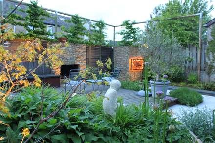 modern Garden by Guy Wolfs Hoveniersbedrijf