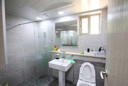 고풍스러운 느낌이 자연과 조화를 이루는 지중해스타일[전북 완주]: 지성하우징의  화장실
