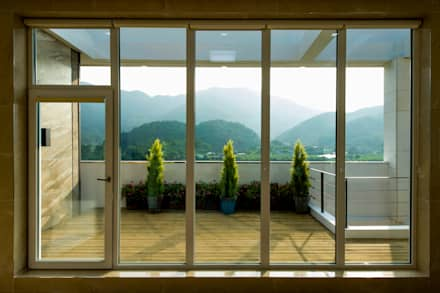 Window door design ideas inspiration pictures homify for Door and window design