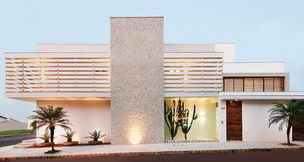 Residência Ortízio Borges, Uberlândia - Projeto THEROOM ARQUITETURA: Casas modernas por THEROOM ARQUITETURA E DESIGN