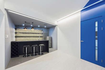 The Modern Square _용인 타운하우스: 지오아키텍처의  와인 보관