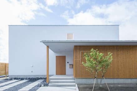 正面外観: 加藤淳一級建築士事務所が手掛けた家です。